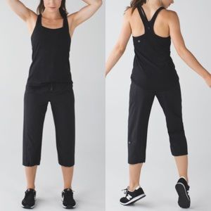 Lululemon Step Lively Crop Sz 4 In Black